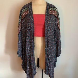 VICTORIA'S SECRET Flowy Pattern Kimono